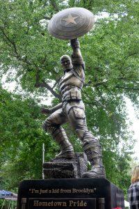 Captain America Statue L